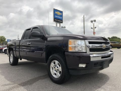 Pre-Owned 2009 Chevrolet Silverado 1500 LT Four Wheel Drive Pickup Truck
