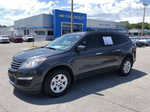 Pre-Owned 2014 Chevrolet Traverse LS Front Wheel Drive SUV