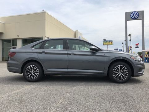 New 2020 Volkswagen Jetta SE Front Wheel Drive 4dr Car