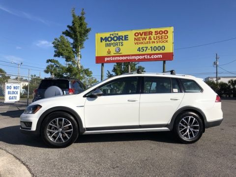 Pre-Owned 2017 Volkswagen Golf Alltrack S All Wheel Drive Station Wagon