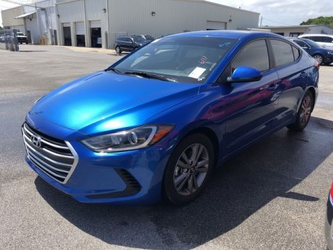 Pre-Owned 2018 Hyundai Elantra SEL Front Wheel Drive Sedan