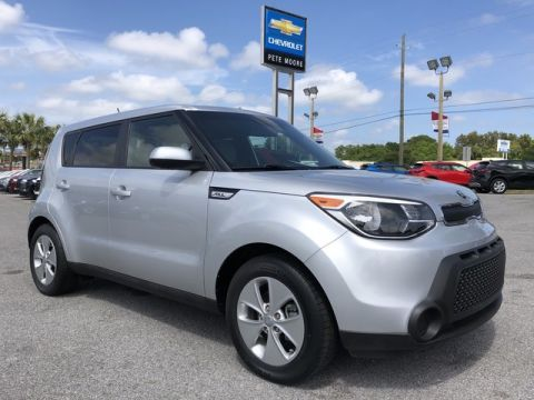 Pre-Owned 2016 Kia Soul Base Front Wheel Drive Hatchback