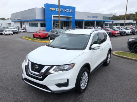 Pre-Owned 2019 Nissan Rogue SV Front Wheel Drive SUV